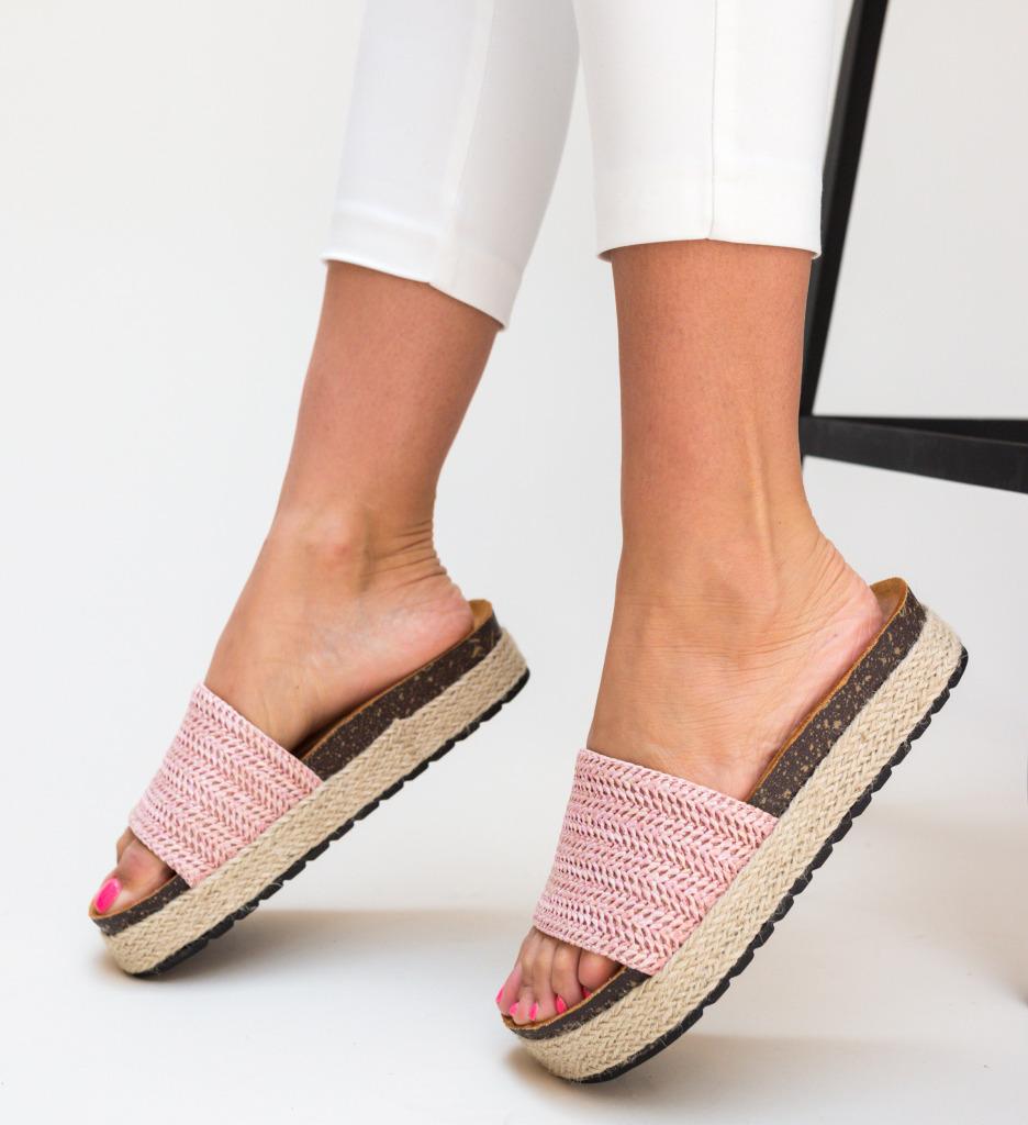 Papuci Colbota Roz