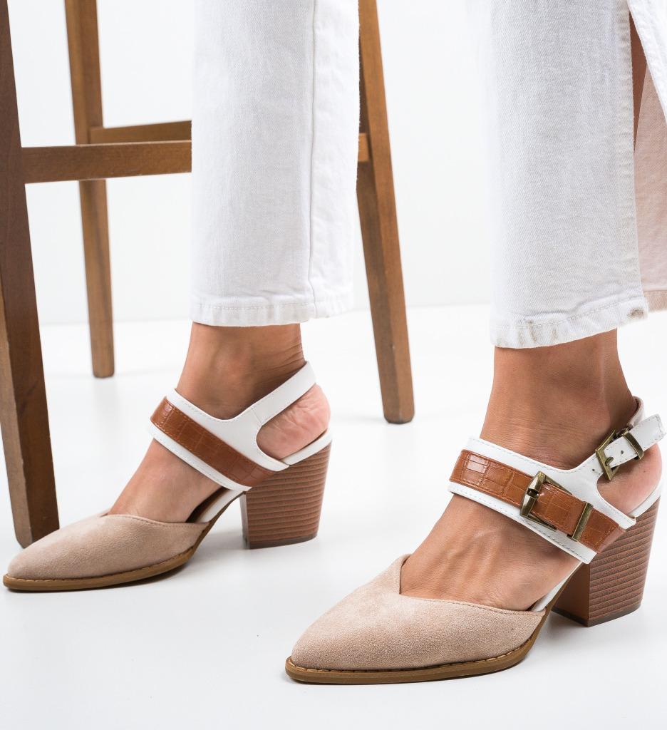 Pantofi Doro Bej