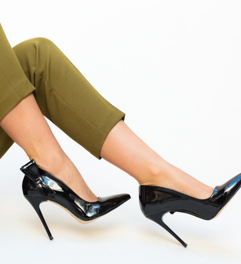 Pantofi Frigid Negri