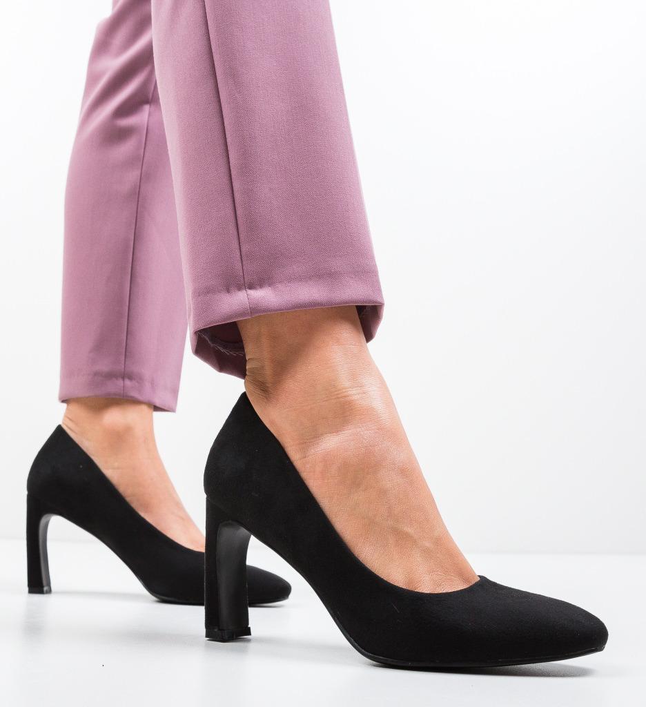 Pantofi Jolo Negri