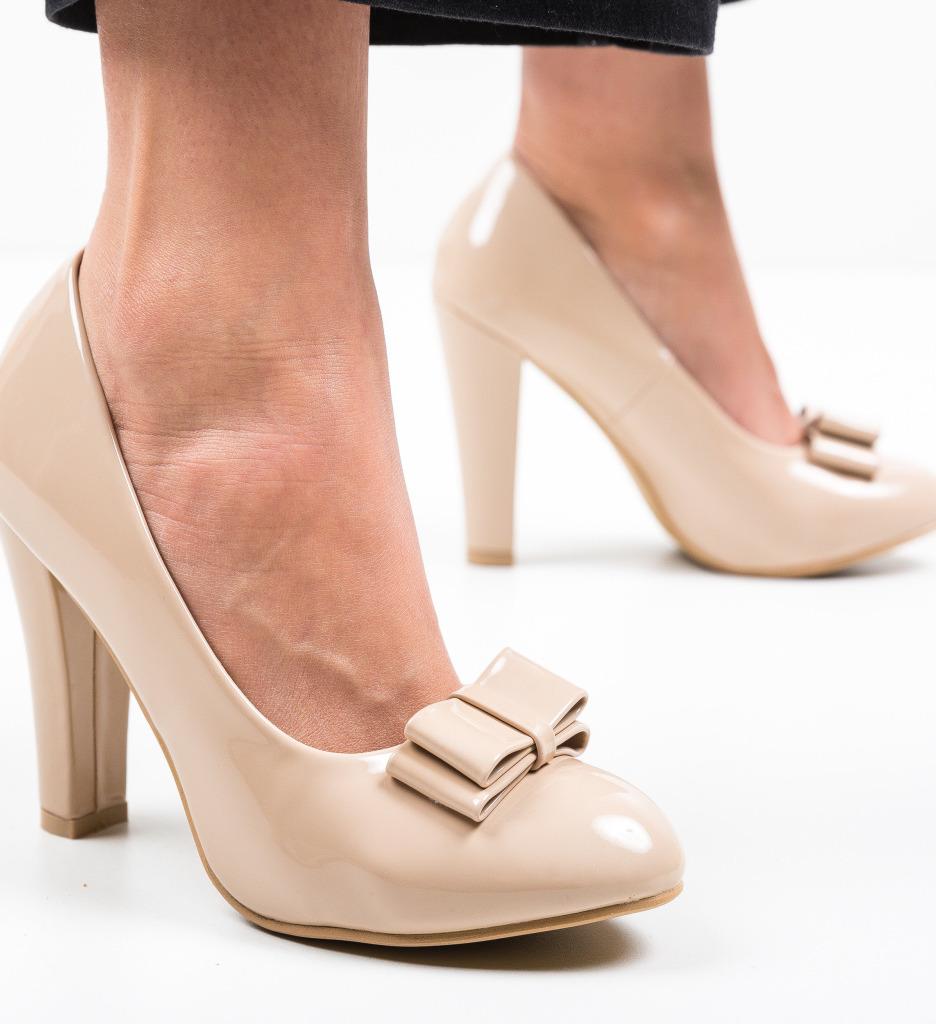 Pantofi Nassie Bej