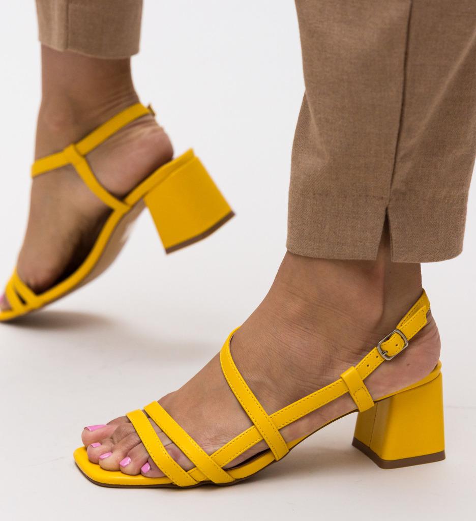 Sandale Olmer Galbene imagine 2021