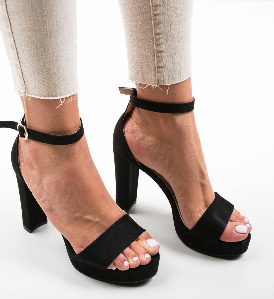 Sandale Tyra Negre