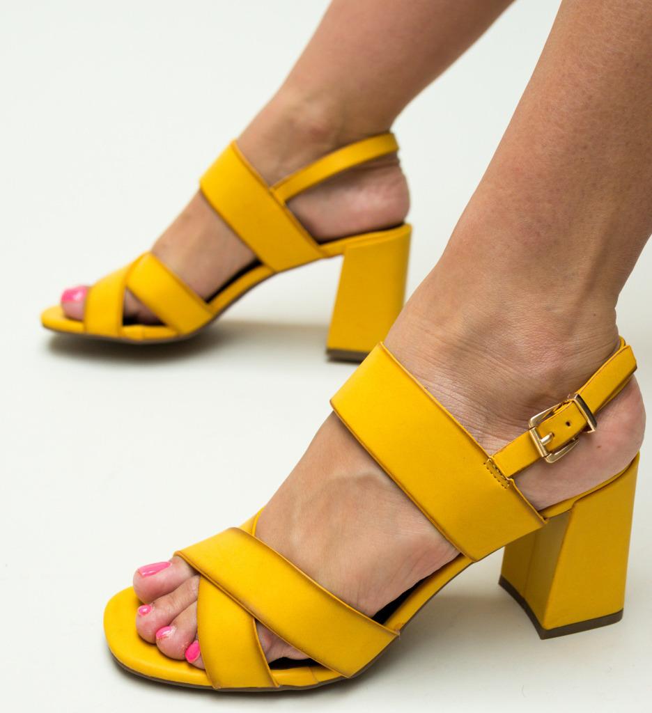 Sandale Berry Galbene