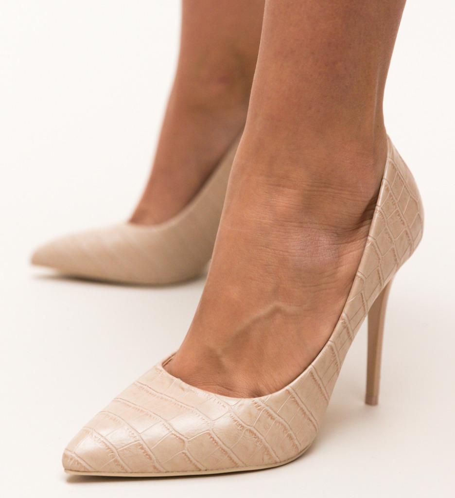 Pantofi Hume Bej