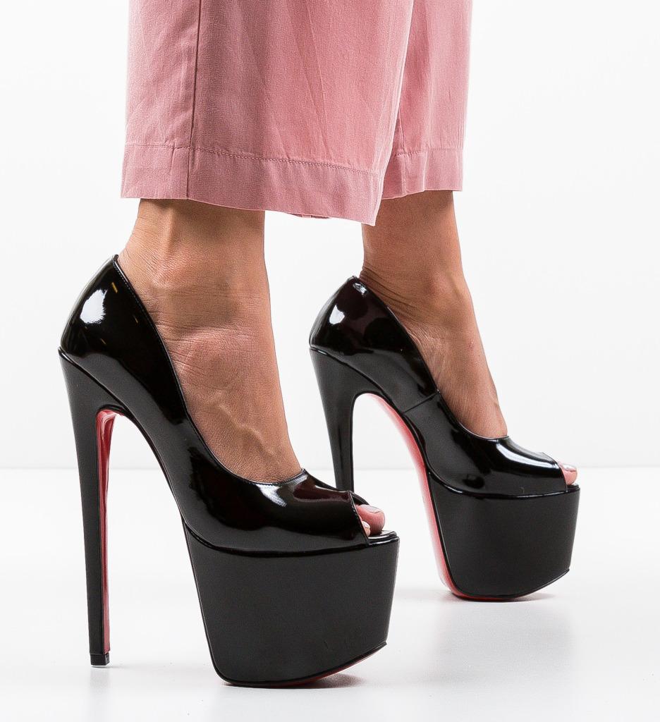 Pantofi Quker Negri 5
