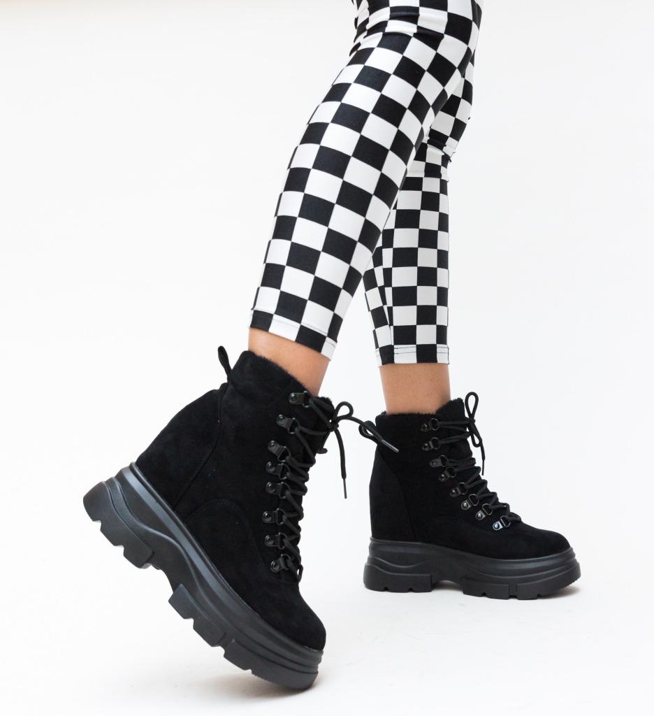 Pantofi Sport Borni Negri