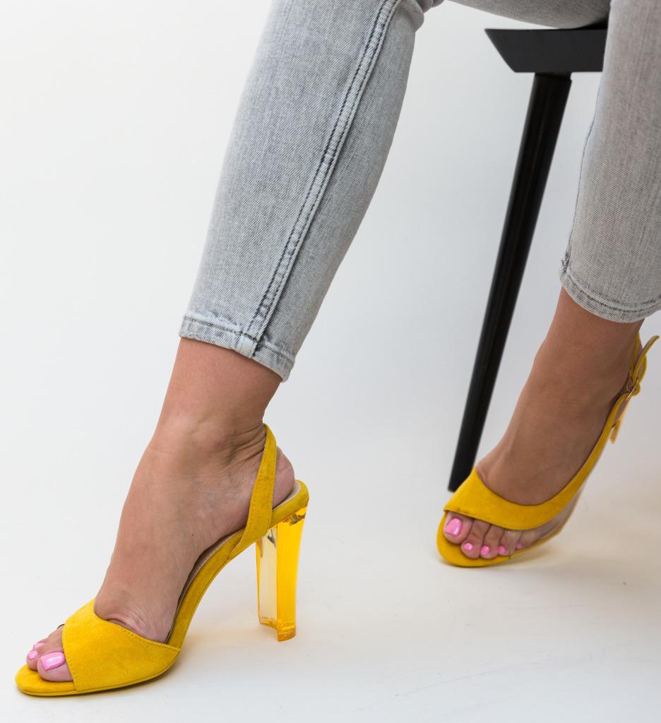 Sandale Liliona Galbene imagine