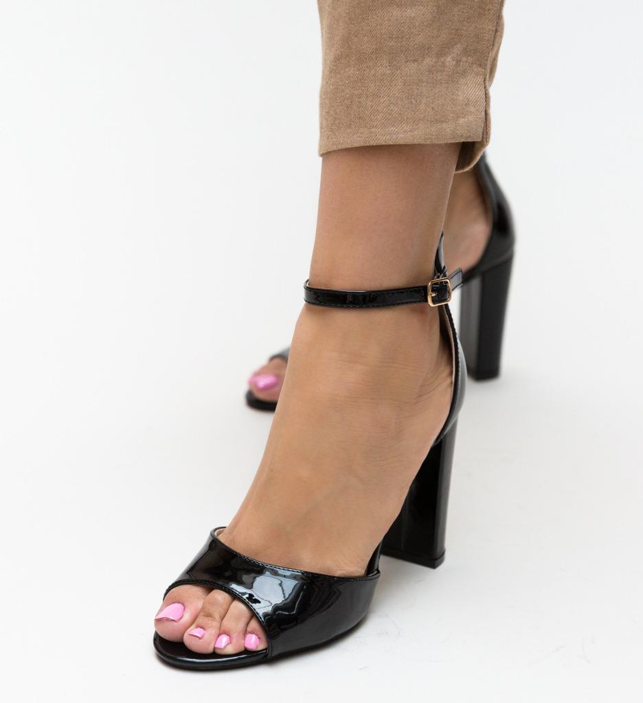 Sandale Tayab Negri