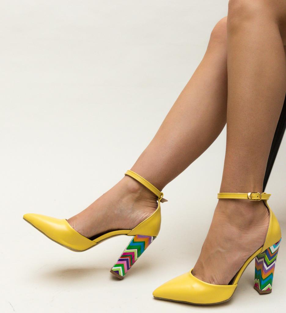 Pantofi Kyron Galbeni