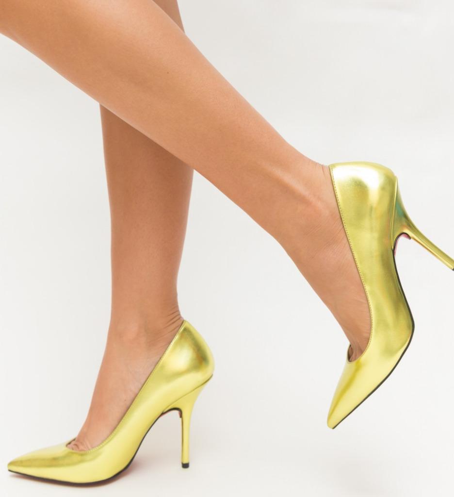 Pantofi Fox Aurii