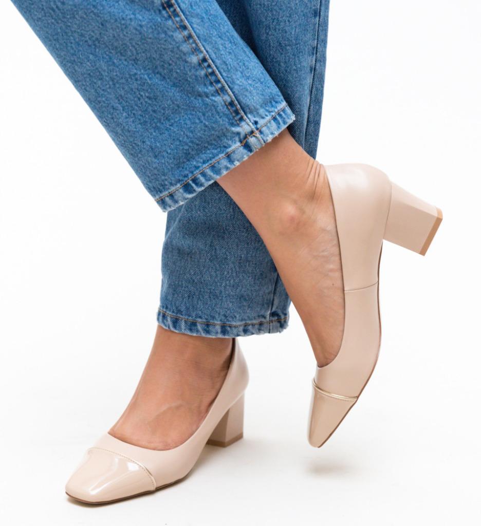 Pantofi Jack Bej