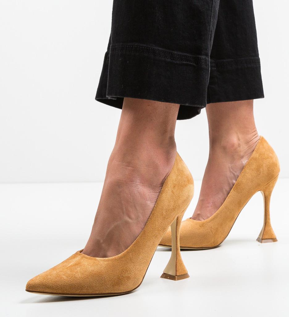 Pantofi Jorio Camel