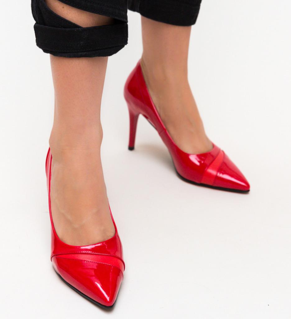 Pantofi Lia Rosii