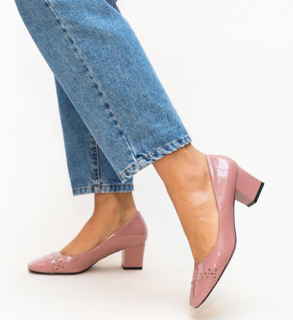 Pantofi Meg Roz