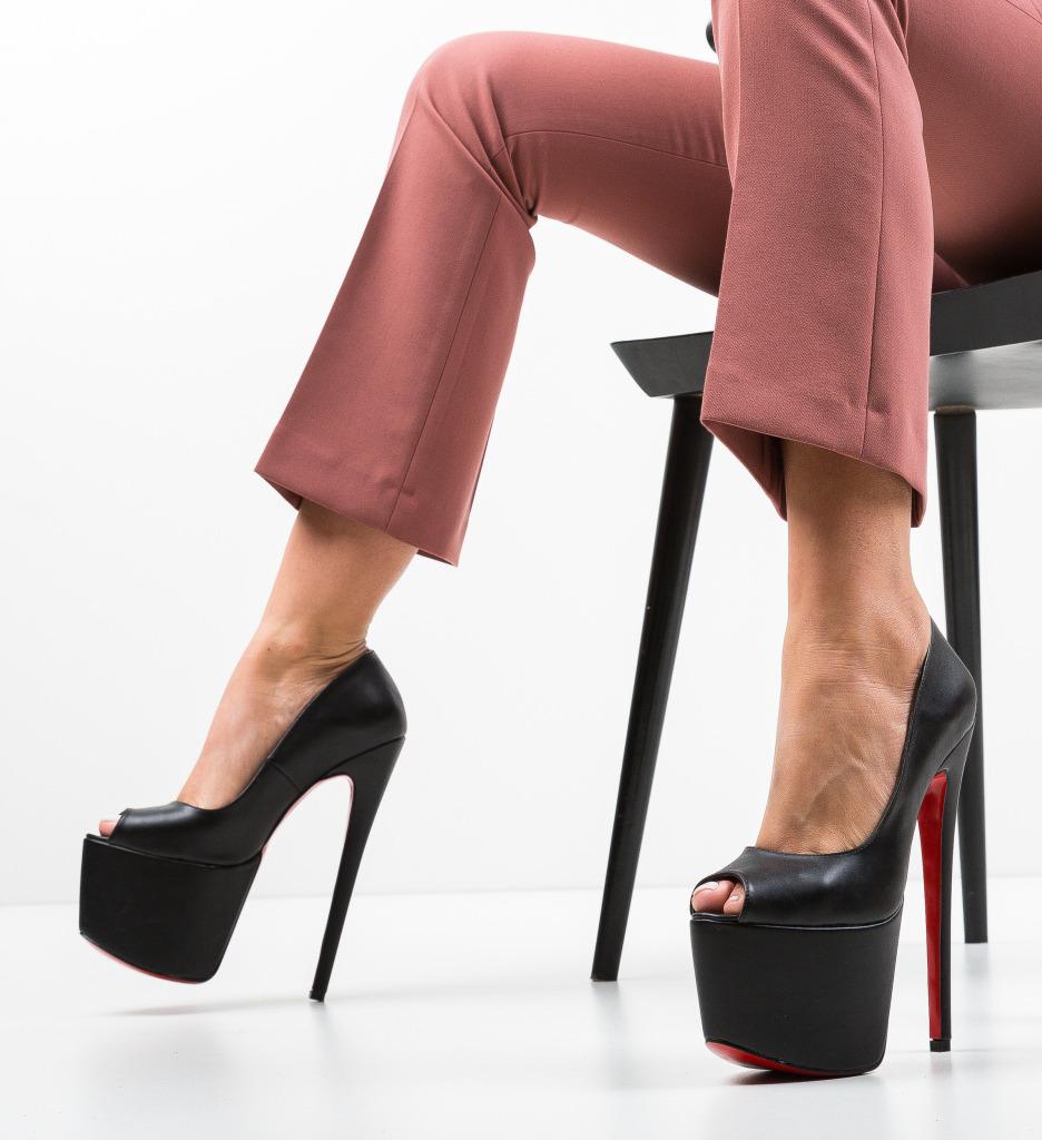 Pantofi Quker Negri 2