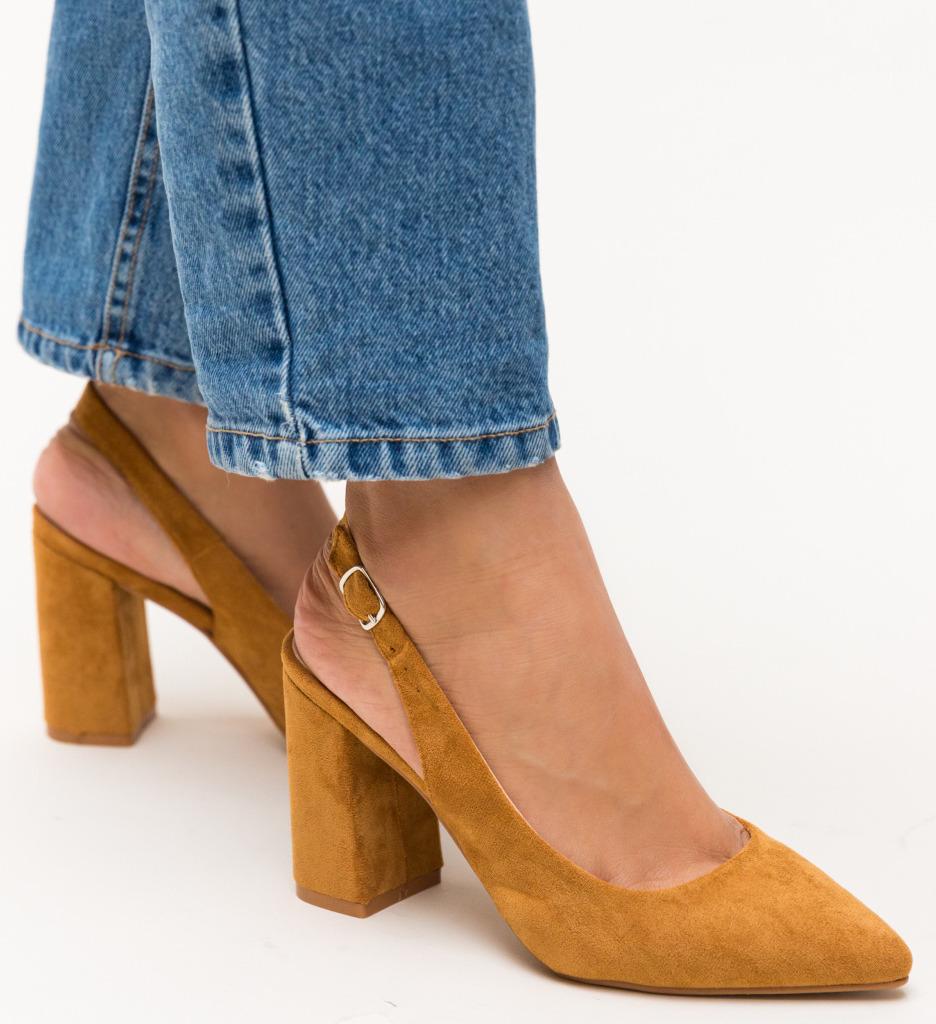 Pantofi Snider Camel