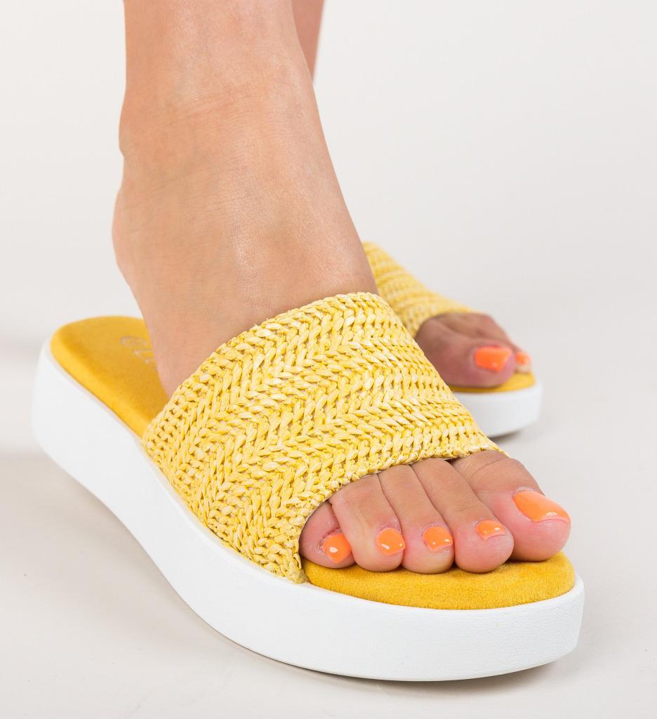 Papuci Fino Galbeni