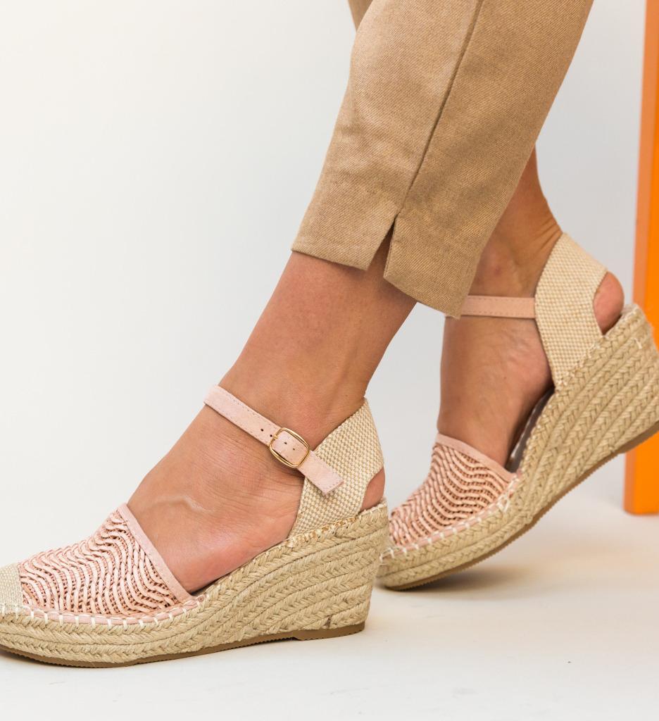 Sandale Guerra Roz