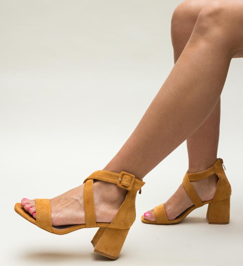 Sandale Pitir Camel imagine