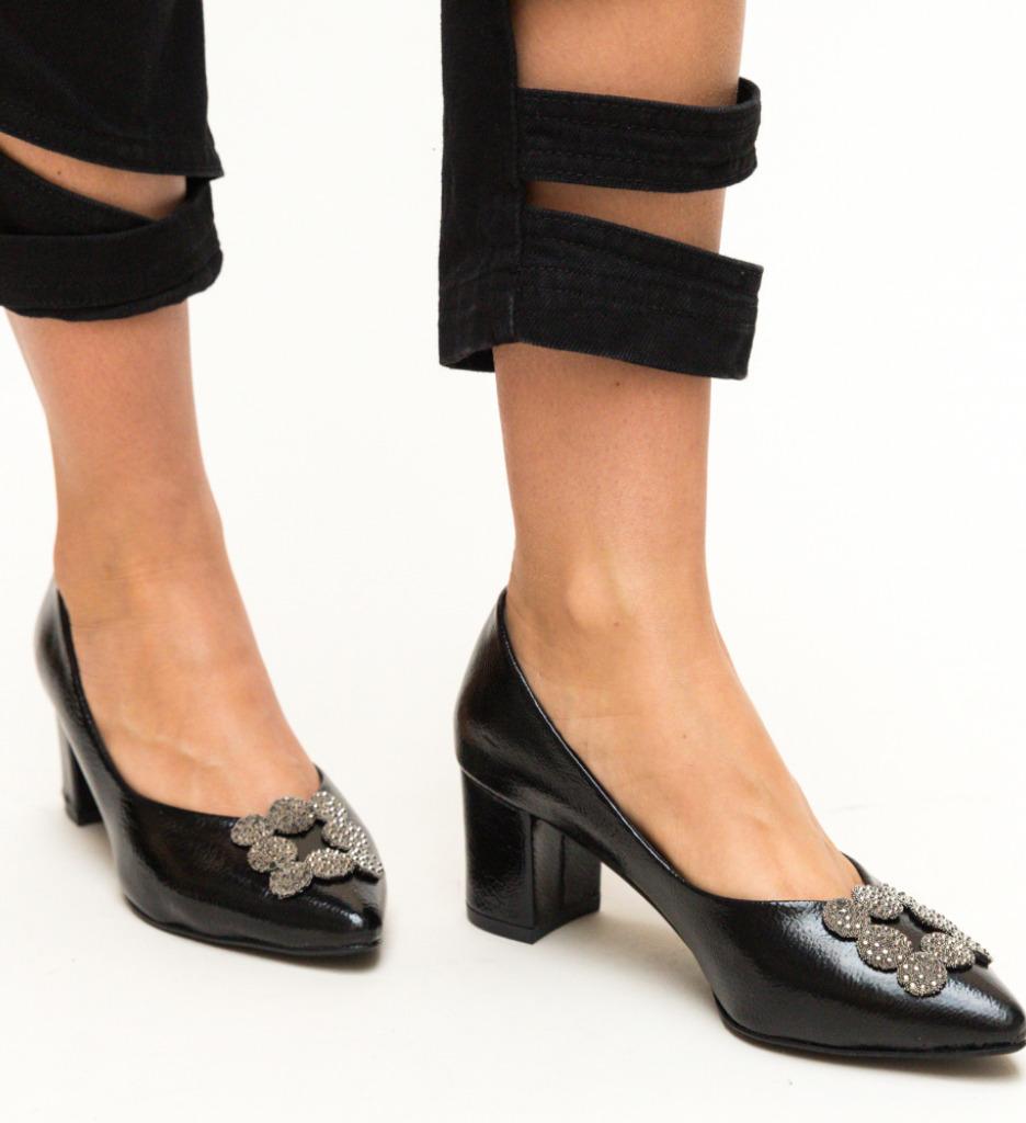 Pantofi Broida Negri Lac