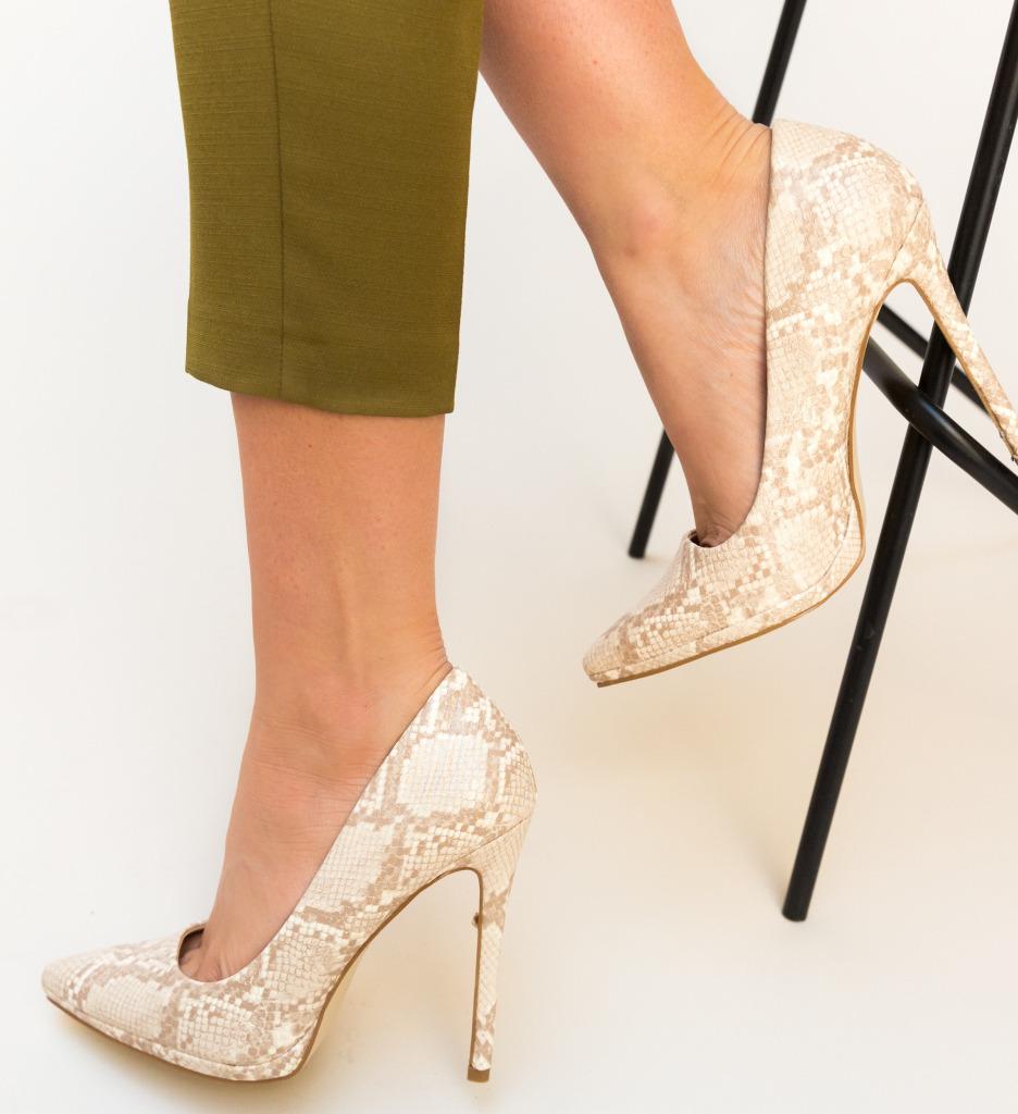 Pantofi Eylin Bej