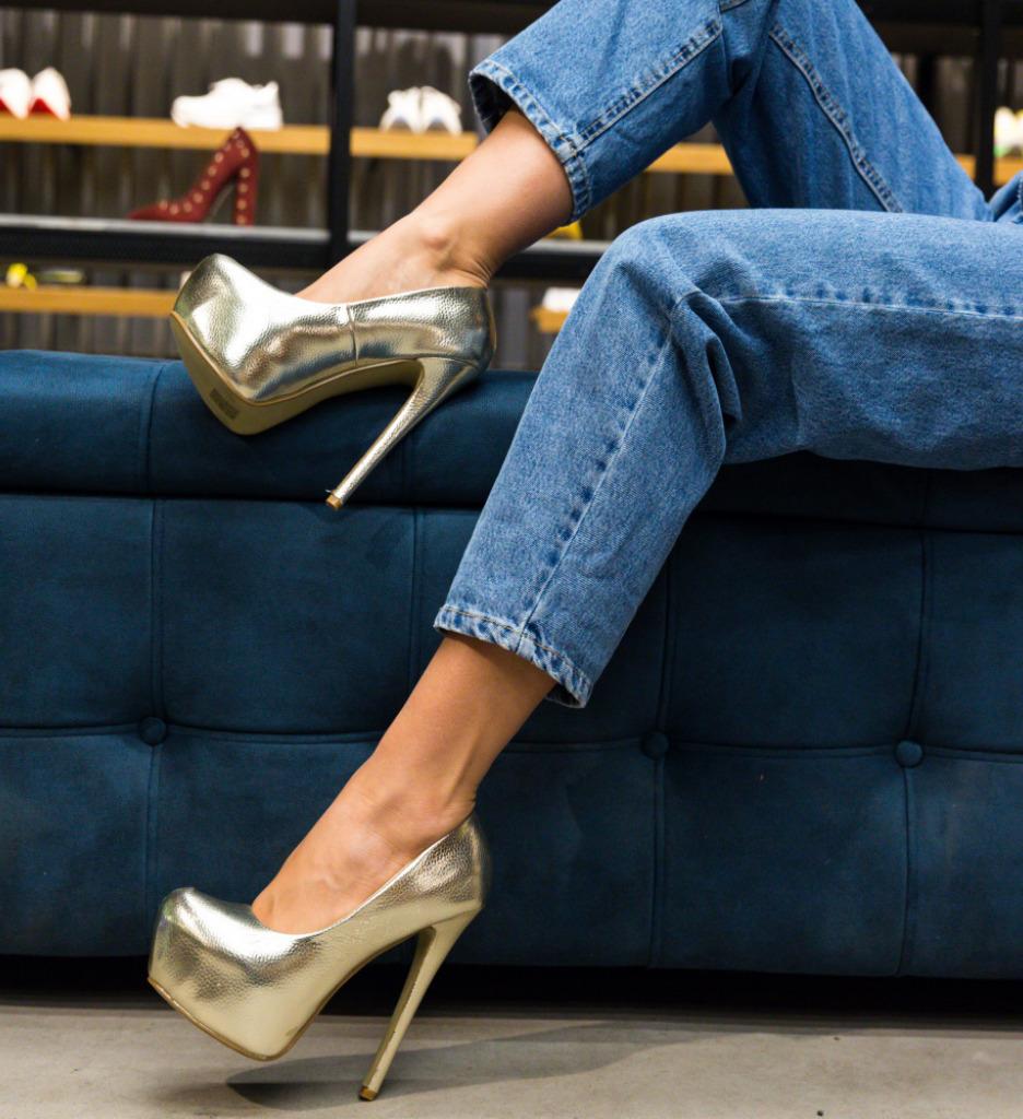 Pantofi Grant Aurii imagine