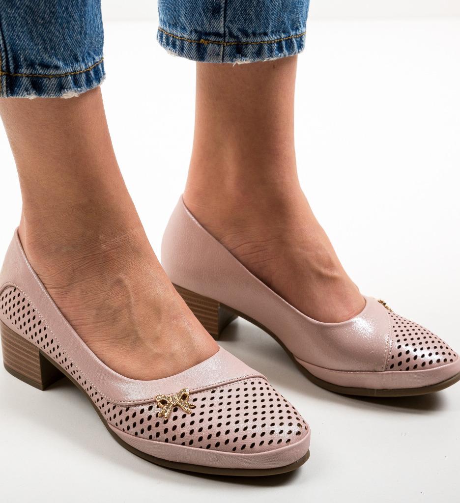 Pantofi Indonesia Roz