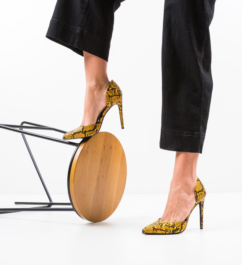 Pantofi Jake Galbeni