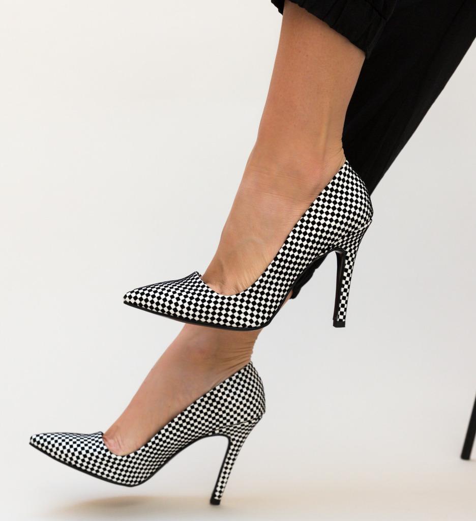 Pantofi Jaxon Negri