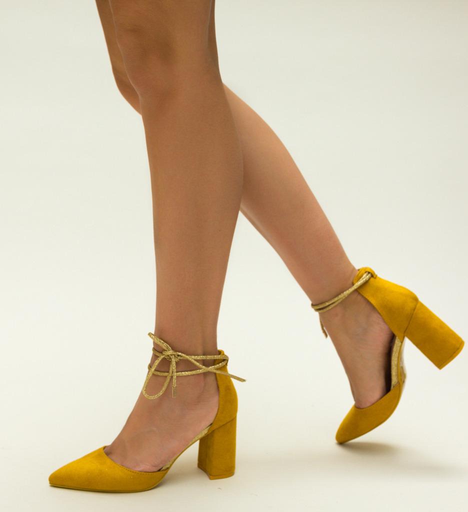Pantofi Judy Galbeni