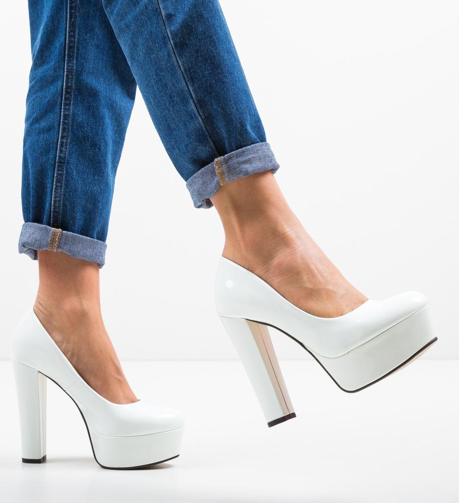 Pantofi Kobi Albi