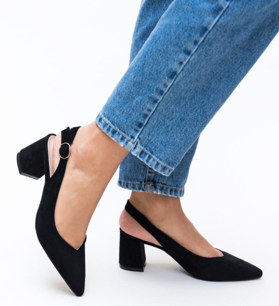 Pantofi Manve Negri