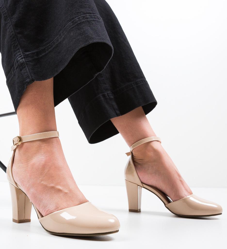 Pantofi Quko Bej