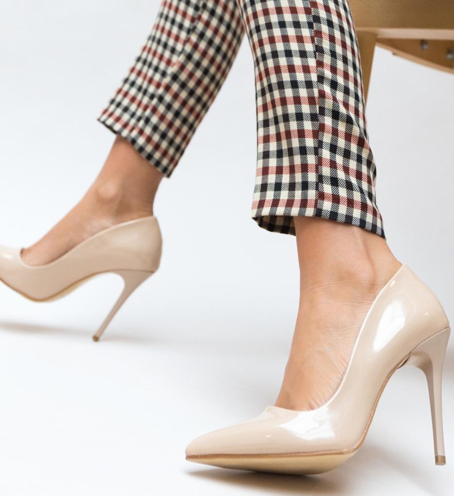 Pantofi Vomo Nude