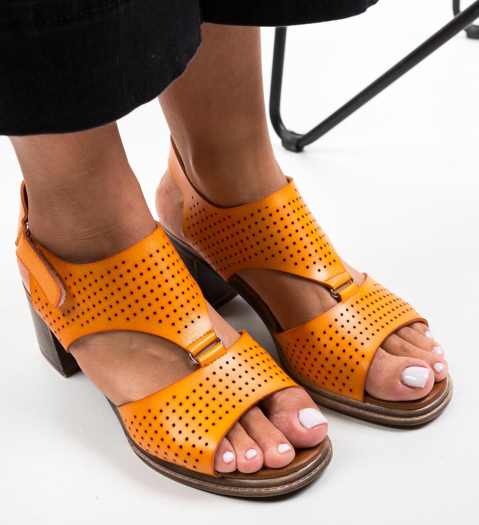 Sandale Funulo Portocalii