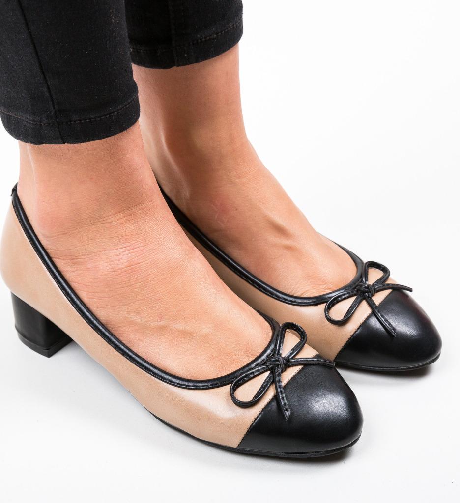 Pantofi Calhou Bej