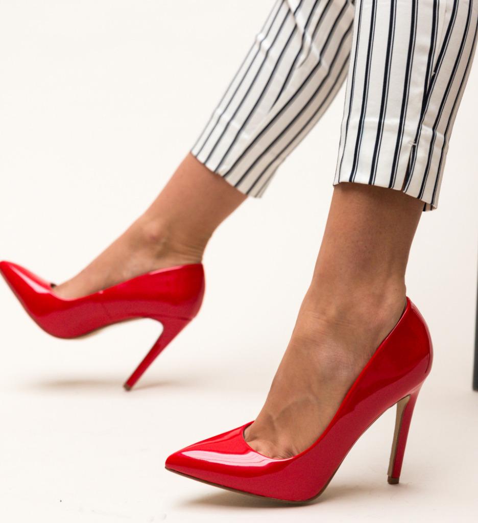 Pantofi Glen Rosii