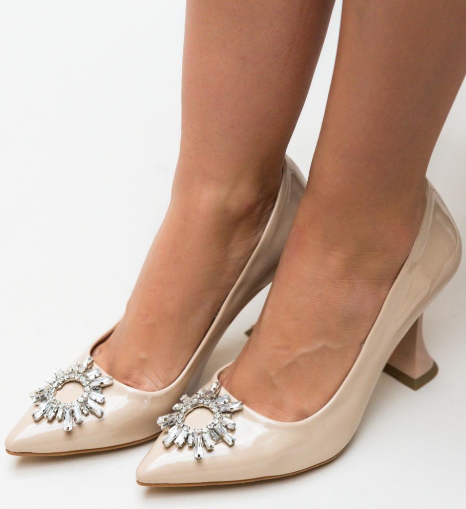 Pantofi Leila Bej imagine