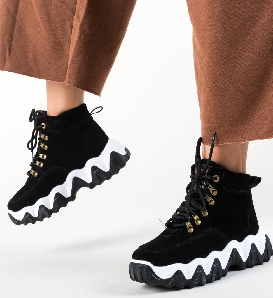 Pantofi Sport Vogue Negri