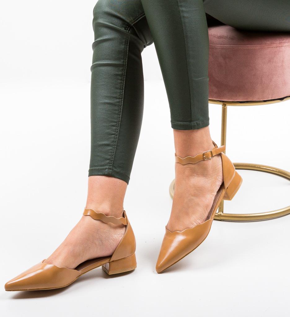 Pantofi Tierne Camel