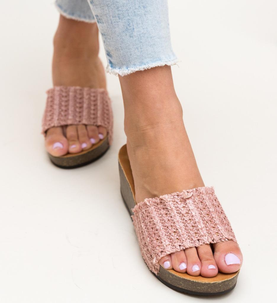 Papuci Otineli Roz