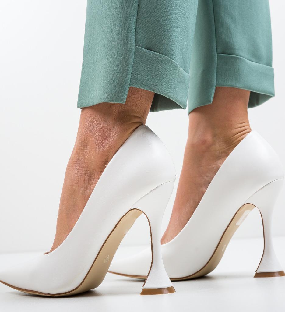 Pantofi Lena Albi