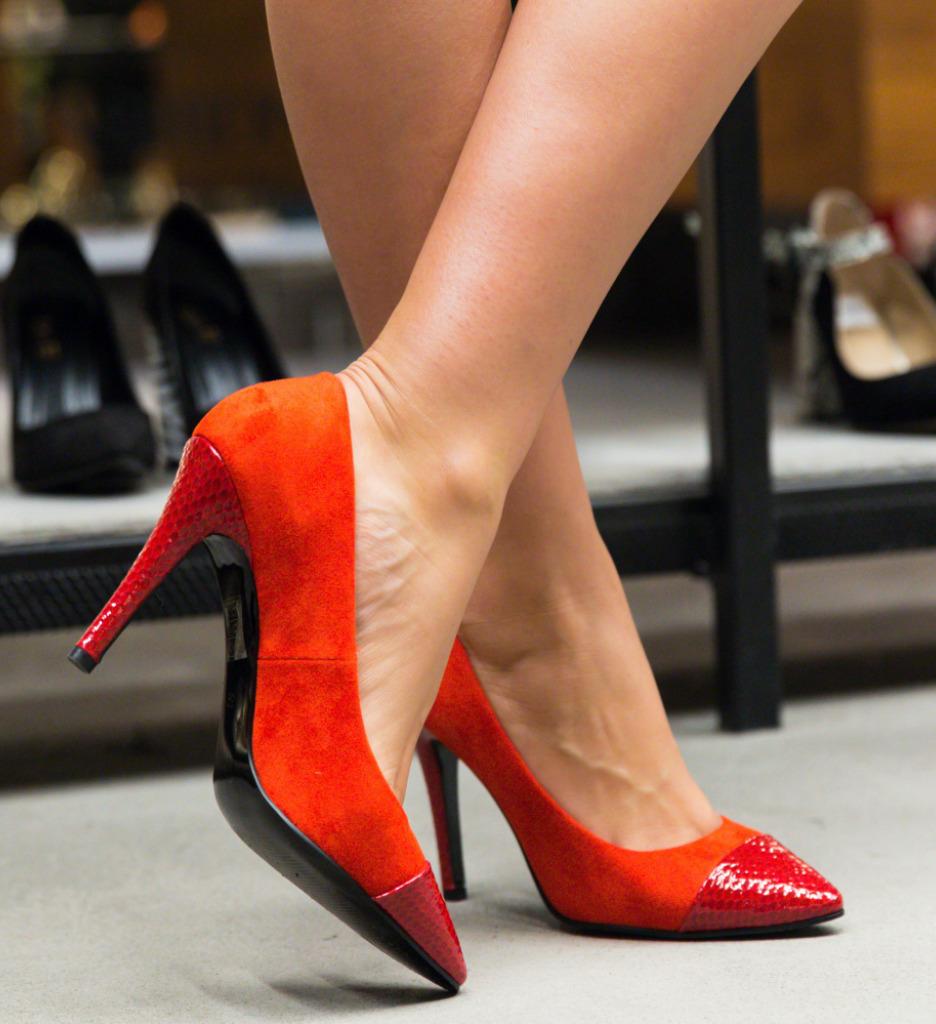 Pantofi Silas Rosii