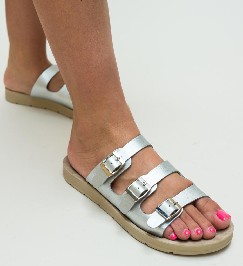 Papuci Balance Argintii