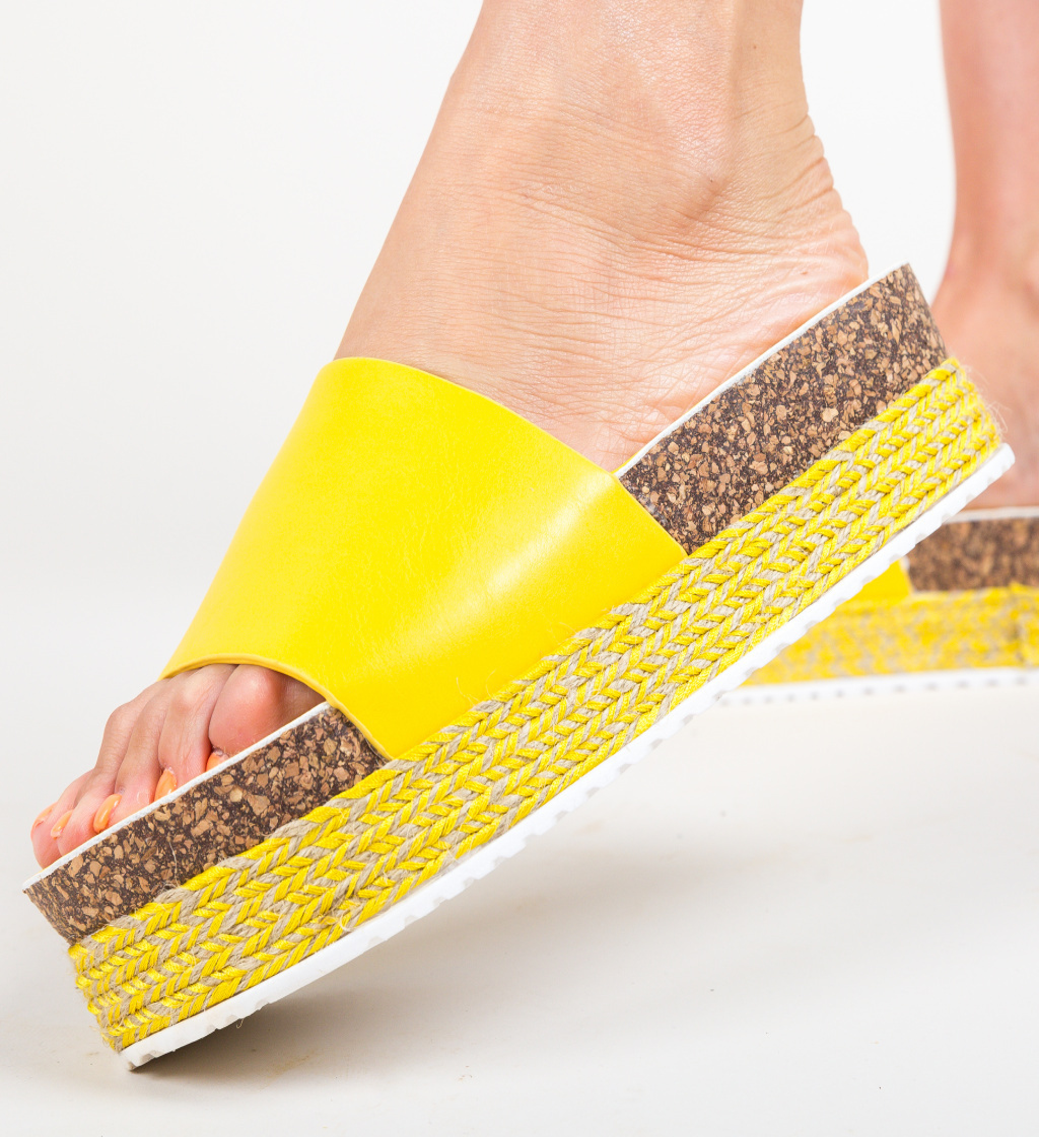 Papuci Draper Galbeni imagine 2021