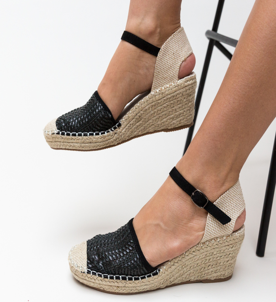 Sandale Guerra Negre