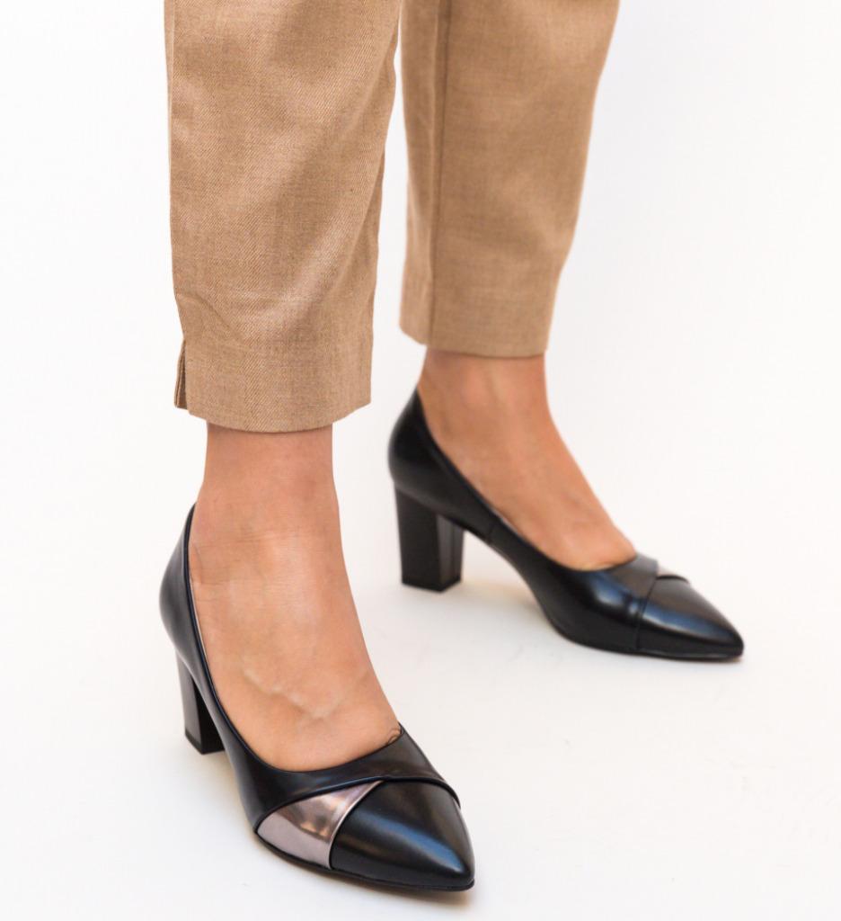 Pantofi Alix Negri
