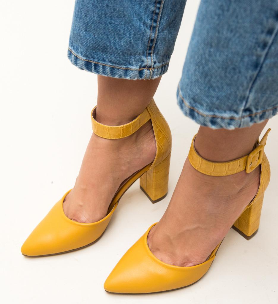 Pantofi Duffy Galbeni