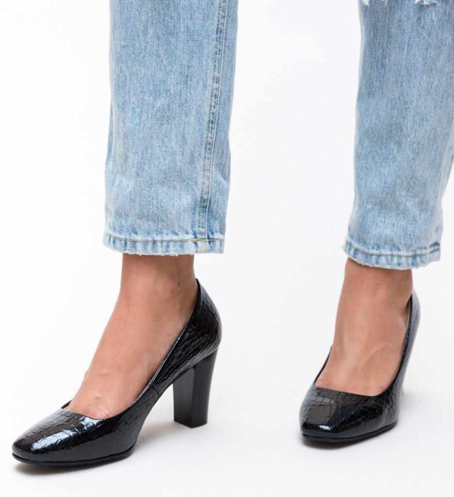Pantofi Fyn Negri 2 imagine 2021